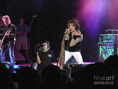 Steven Tyler Photograph - Aerosmith-steven Tyler-00175 by Gary Gingrich Galleries