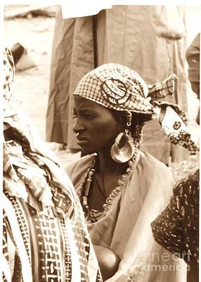 Photograph - African Beauty In Mopti, Mali by Yali Shi