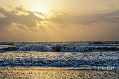 Photograph - Afternoon At The Beach by Paul Mashburn