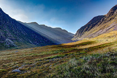 Photograph - Afternoon Sun Rays Bealach Na Ba by Gary Eason