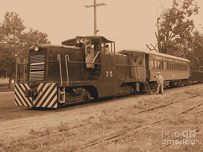 Photograph - Aged Choo Choo  by Vickie Johnson