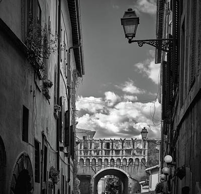 Photograph - Aged Walls And Arch On The Streets Of Rome by Eduardo Jose Accorinti