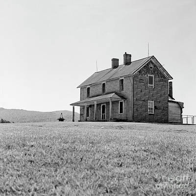 Photograph - Aging Farmhouse by Patrick M Lynch