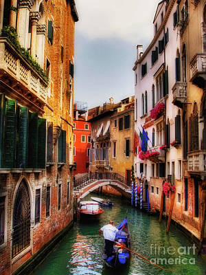 Photograph - Ahh Venezia by Lois Bryan