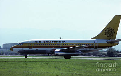 Photograph - Air California 737 At San Jose by James B Toy