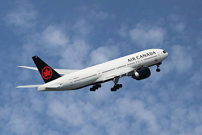 Canada Wall Art - Photograph - Air Canada Boeing 777-233 by Smart Aviation