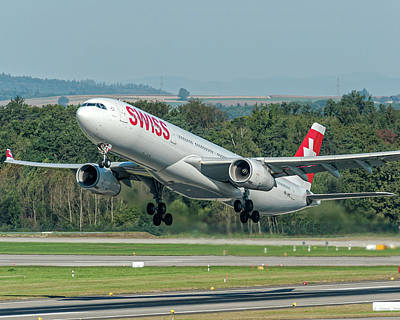 Airline Photograph - Airbus A330-300 Swiss Air Hb-jhc by Roberto Chiartano