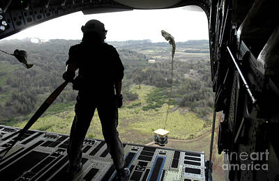 Airman Watches A Practice Bundle Fall Print by Stocktrek Images
