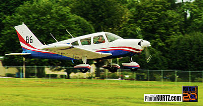 Photograph - Airventure 86 by Jeff Kurtz