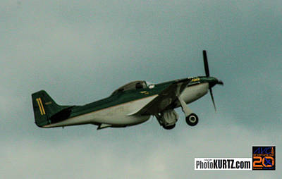 Photograph - Airventure Race 11 by Jeff Kurtz