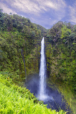 Akaka Falls Art Print by Bill Tiepelman