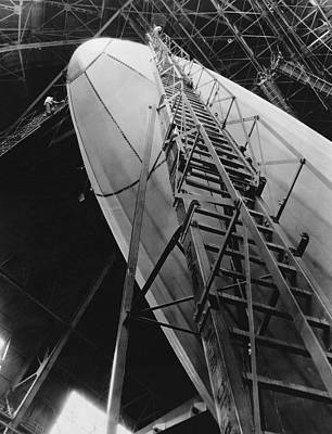 Photograph - Akron Dirigible Construction by Underwood Archives