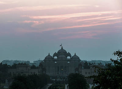 Photograph - Akshardham by Steven Richman