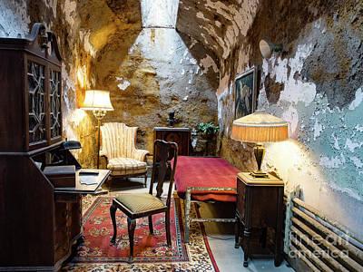 Photograph - Al Capone's Cell by Valerie Morrison
