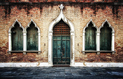 Aladdin Photograph - Aladdin's Doorway by Ryan Wyckoff