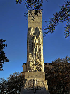 Photograph - Alamo Cenotaph Monument 3 by Judy Vincent