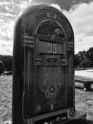 Photograph - Alan's Jukebox by Michael Krek