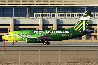 Alaska Boeing 737-790 N607as Phoenix Sky Harbor December 27 2015 Art Print by Brian Lockett