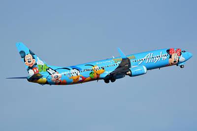 Alaska Boeing 737-990 N318as Disneyland Phoenix Sky Harbor January 19 2016 Art Print by Brian Lockett