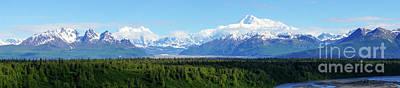 Alaskan Denali Mountain Range Art Print