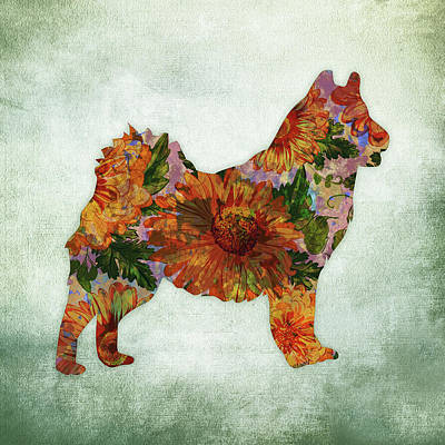 Alaskan Malamute On Green Art Print