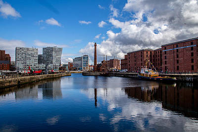 Photograph - Albert Dock by Sean Foreman