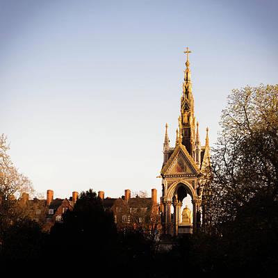 Photograph - Albert Memorial, London by Alexandre Rotenberg