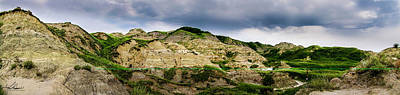 Photograph - Alberta Badlands by Philip Rispin