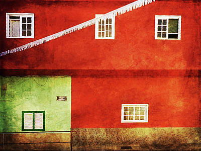 Photograph - Alcala Red Green House by Anne Kotan