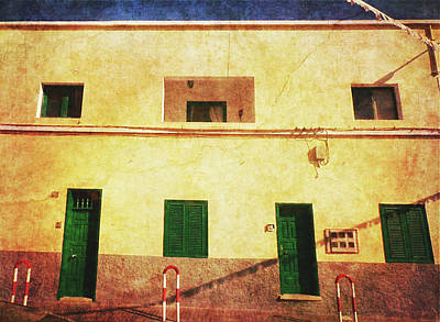 Photograph - Alcala Yellow House With Green Doors by Anne Kotan