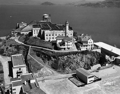 Photograph - Alcatraz Island Lighthouse California Lighthouse Circa 1950 by California Views Mr Pat Hathaway Archives