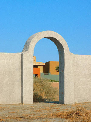 Photograph - East Alejo East Gate by Stan  Magnan