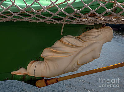 Bow Sprit Photograph - Alexander Von Humboldt II Bow Figurehead by Dale Powell