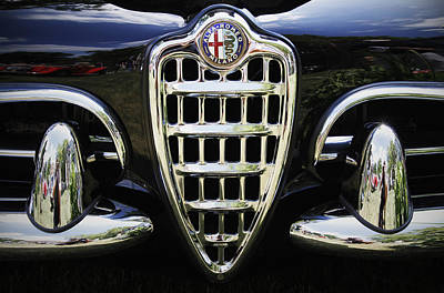 Antique Automobiles Photograph - Alfa Romeo by Dennis Hedberg
