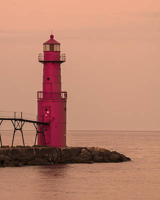 Photograph - Algoma Lighthouse by Gary Lengyel