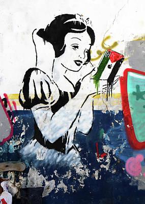 Photograph - Alice On Wonder Wall by Munir Alawi