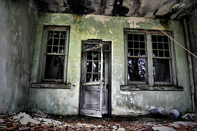 Abandoned Photograph - All Who Enter by Emily Stauring