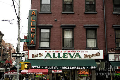 Photograph - Alleva New York City by John Rizzuto