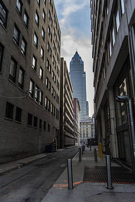 Photograph - Alley In Cleveland Ohio  by John McGraw