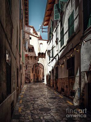 Photograph - Alley Palma De Mallorca by Daniel Heine