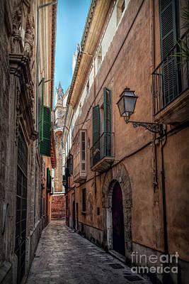 Photograph - Alley Palma De Mallorca 3 by Daniel Heine