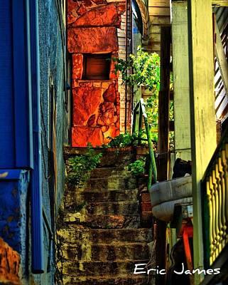 Eric Decker Photograph - Alley Way by Eric Decker
