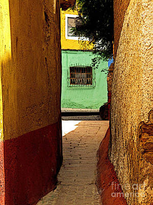 Alley With The Green Casa Art Print by Mexicolors Art Photography