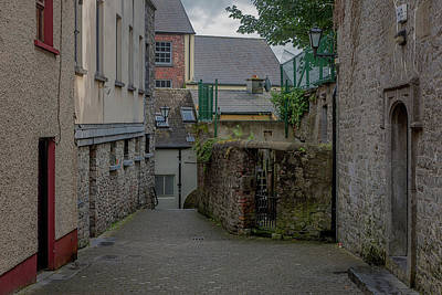 Photograph - Alleyway 2017 by Ralph Nordstrom