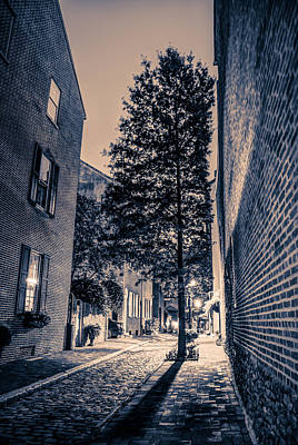 Photograph - Alleyway Black And White by Mark Dodd