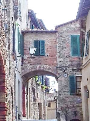 Photograph - Alleyway Cetona Tuscany by Dorothy Berry-Lound