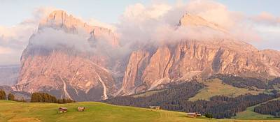 Photograph - Alpe Di Suisi Sunset Panorama by Stephen Taylor