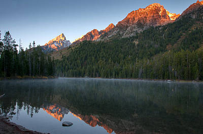 Photograph - Alpen Glow At String Lake by Steve Stuller