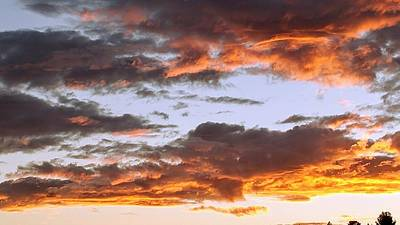 Photograph - Glorious Clouds At Sunset by Richard Yates