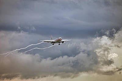Aa Photograph - American Aircraft Landing by Juan Carlos Ferro Duque
